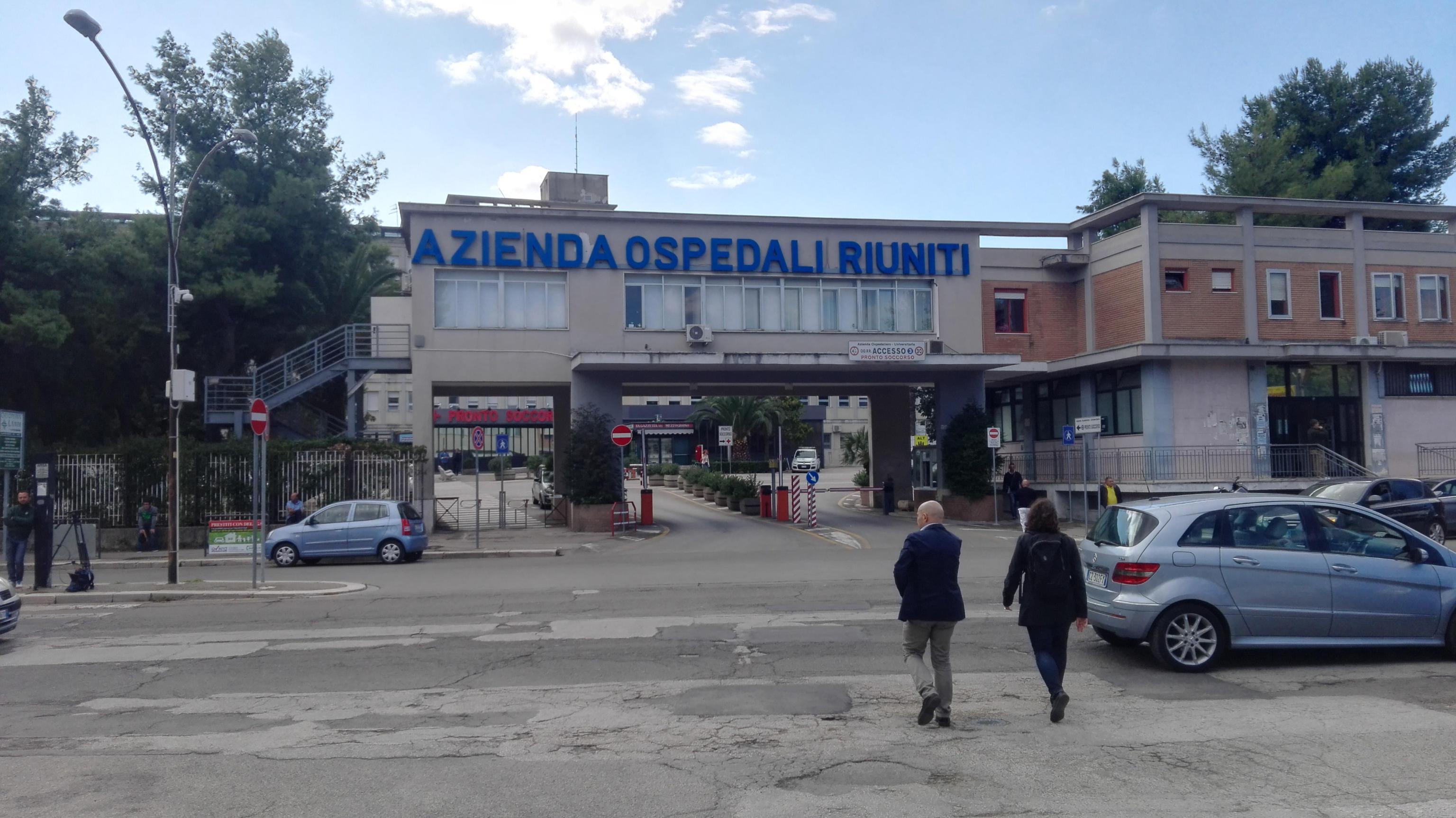 Foggia: uccide la moglie a coltellate e tenta il suicidio, gravissimo un 47enne