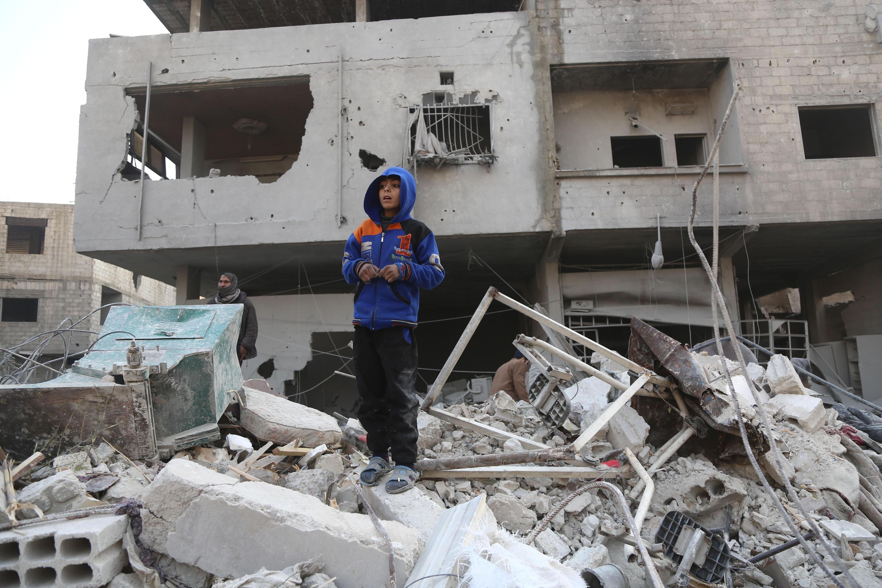 Siria, bombardamenti a Ghouta uccidono 70 persone: è strage di bambini