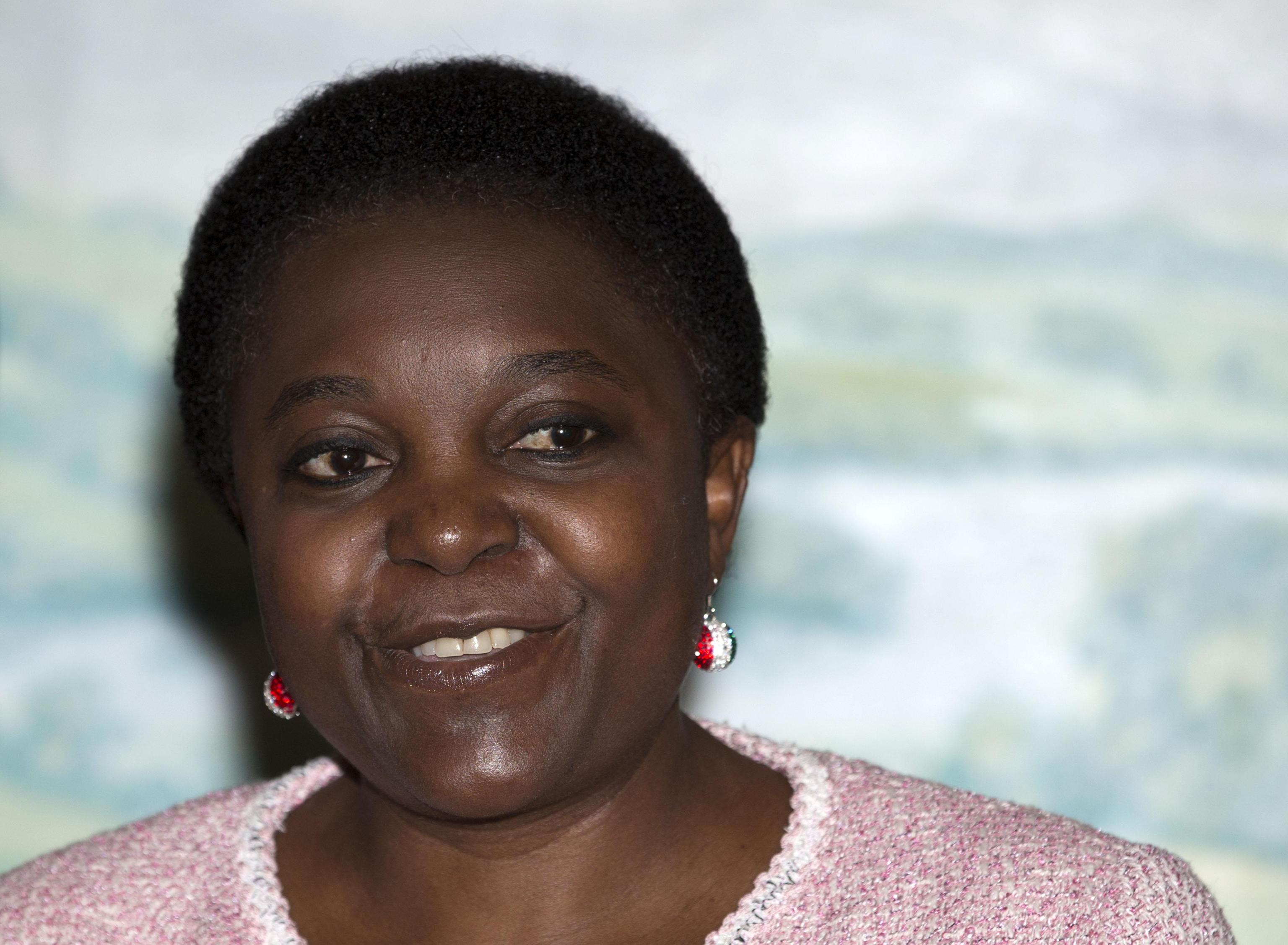 Cécile Kyenge: la casa dell'ex ministro attaccata dai vandali