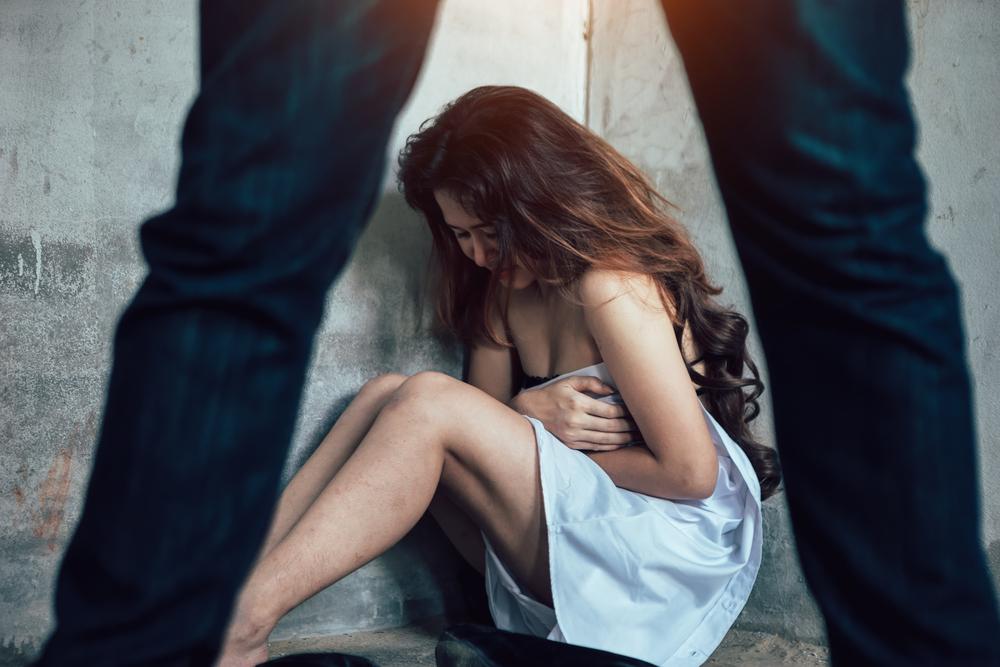 Pesaro, 25enne senegalese prova violentare la padrona di casa