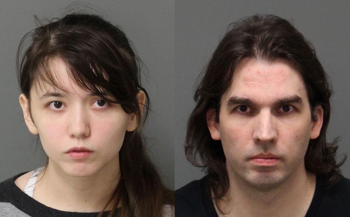 Padre incestuoso uccide la figlia, il neonato che aveva avuto con lei e il padre adottivo, poi si spara
