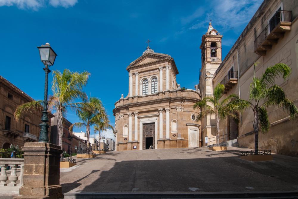Sicilia: case in vendita a 1€ nel borgo più bello d'Italia