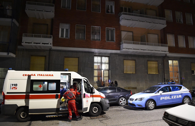 Torino: 80enne uccide la moglie malata di Alzheimer, poi si suicida