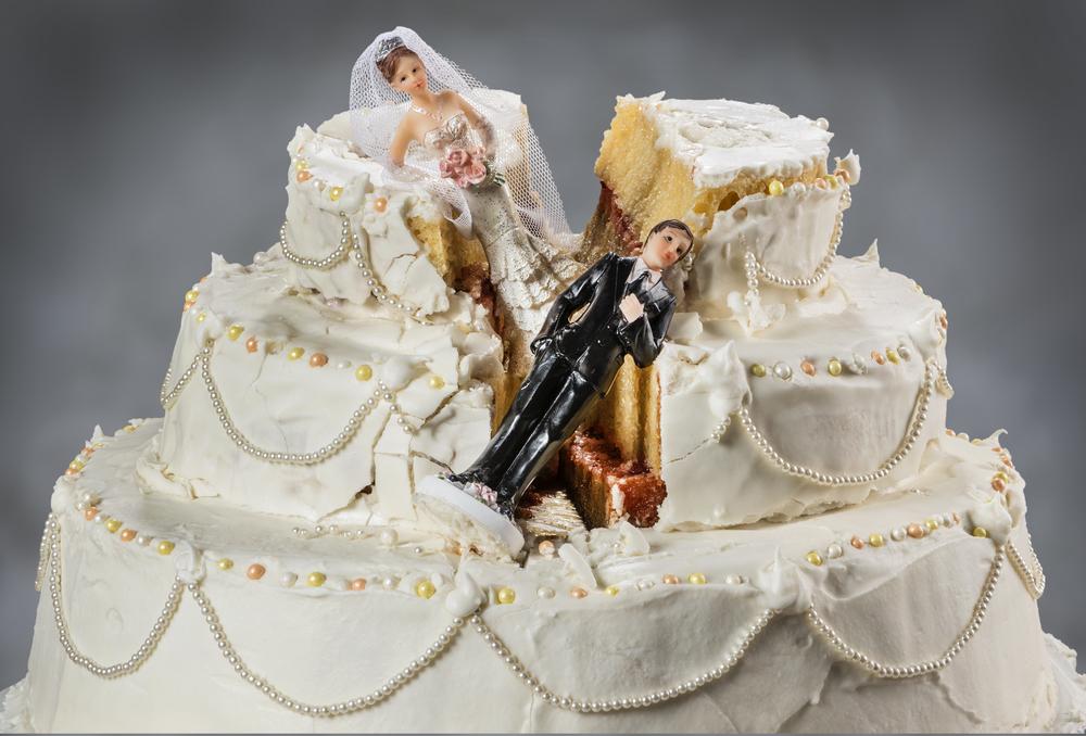 Matrimonio finisce in tragedia, sparatoria tra due invitati dopo una lite accesa: un ferito