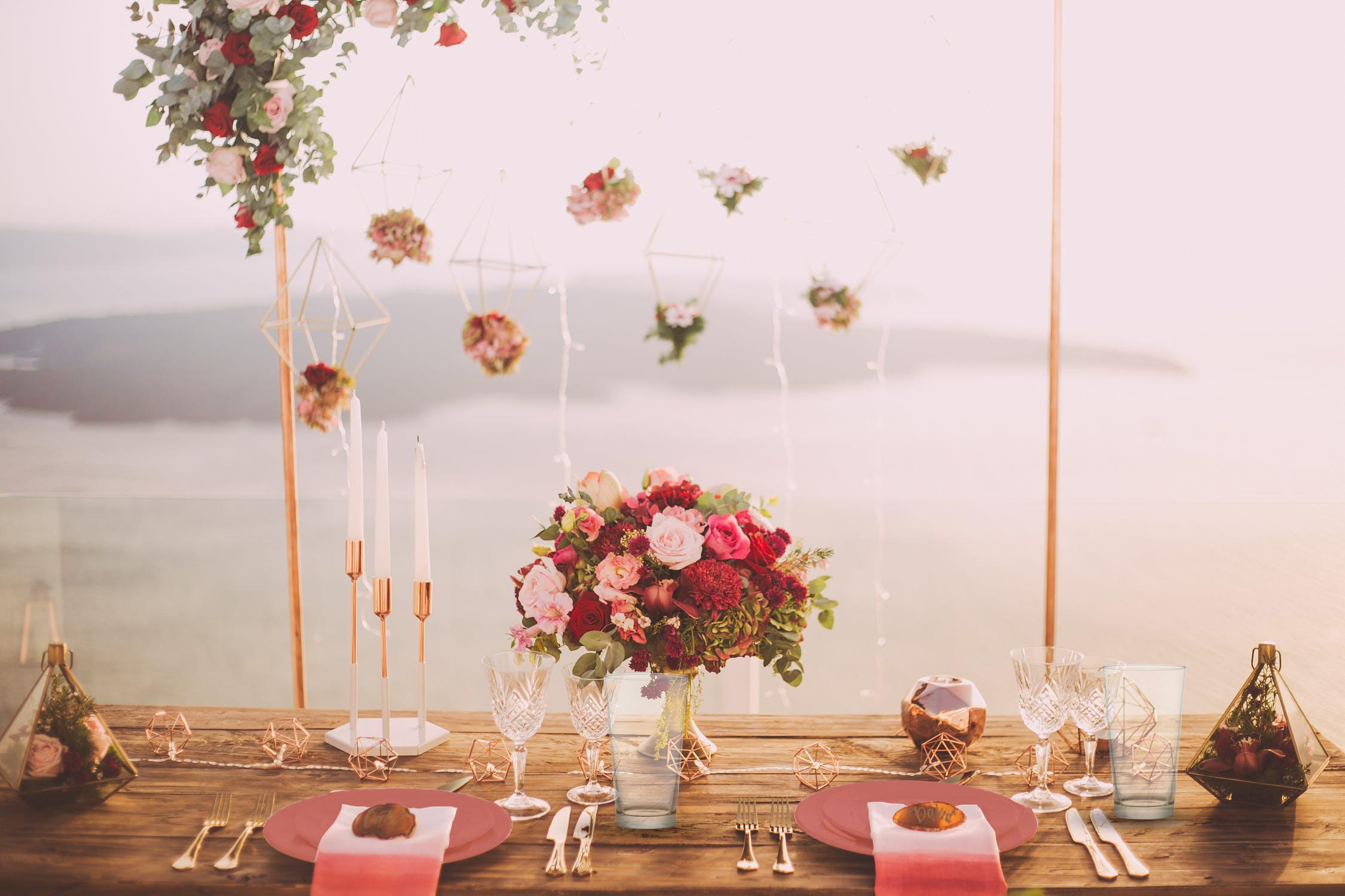 tavola in rosa giardino