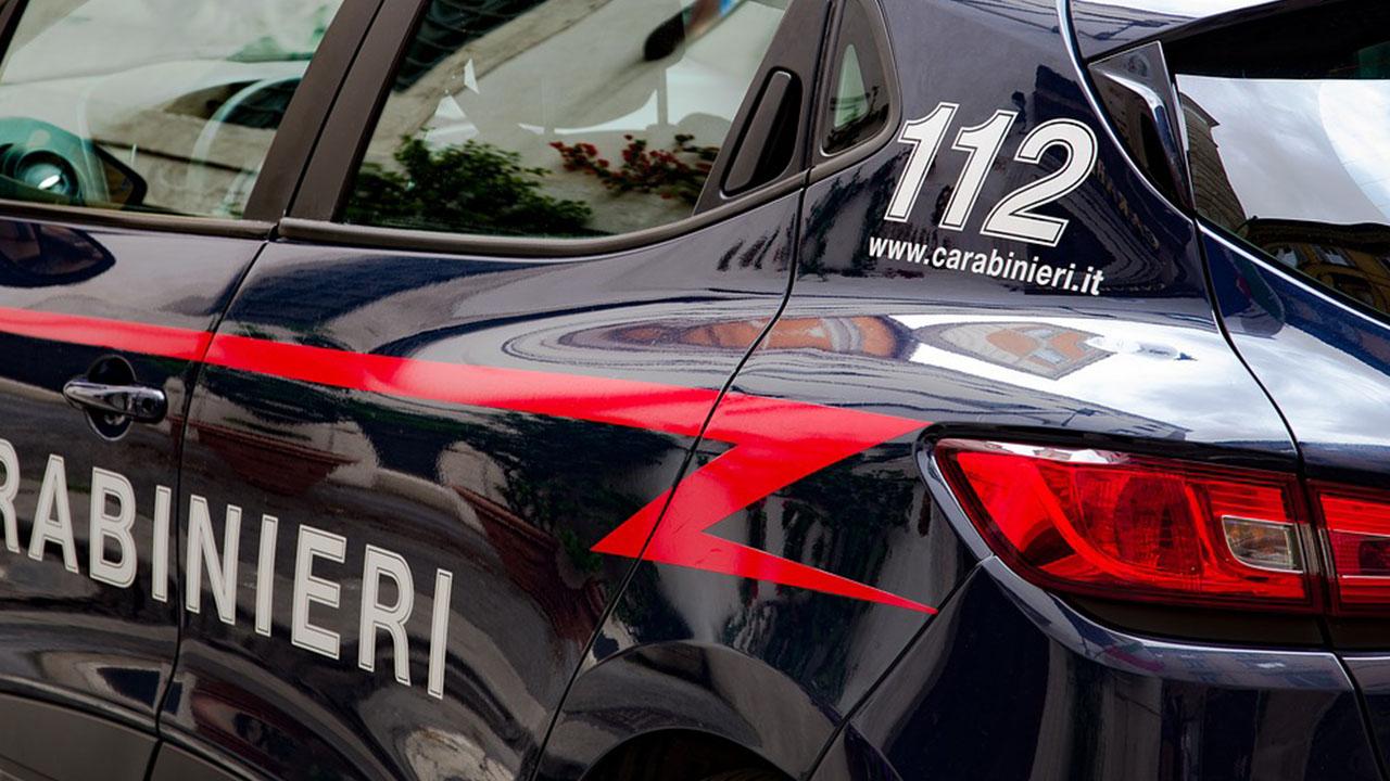 Panico ad Aprilia, due forti scoppi davanti al liceo: arrestato ex studente