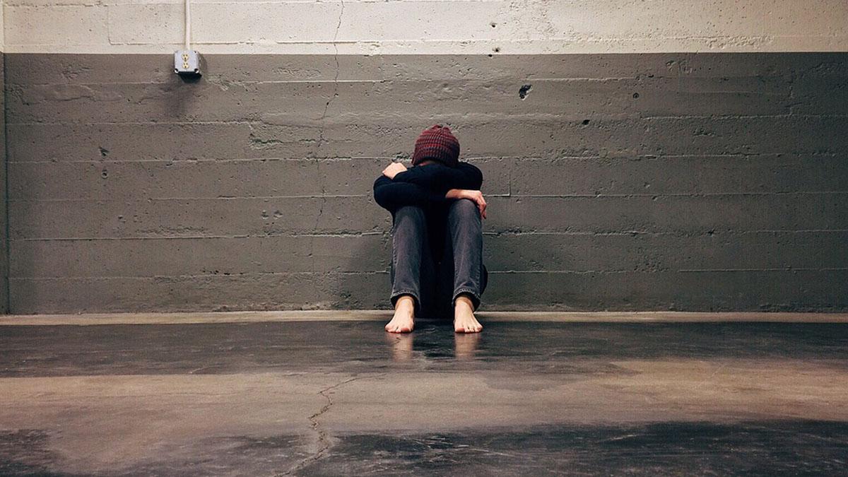 Vessato dai bulli, 14enne si impicca: le accuse della famiglia contro la scuola