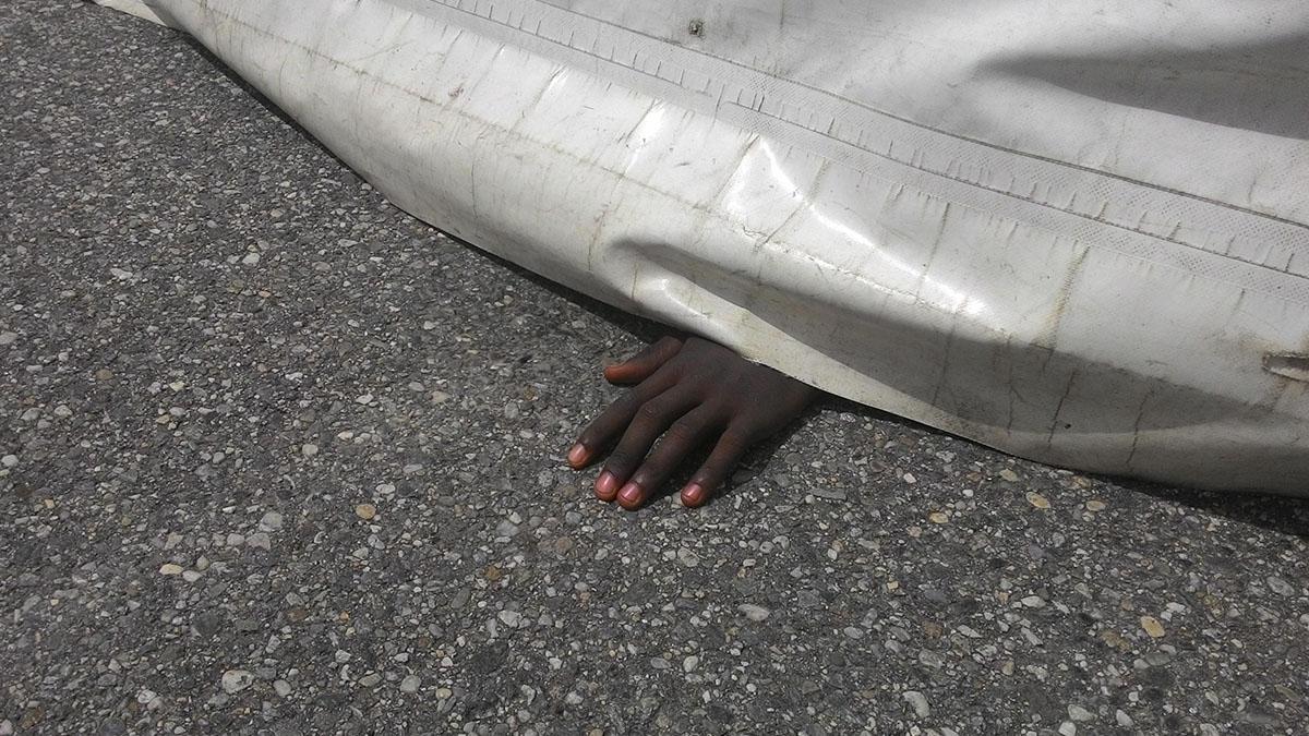 Migranti: cento morti annegati dopo naufragio, venti sono bambini