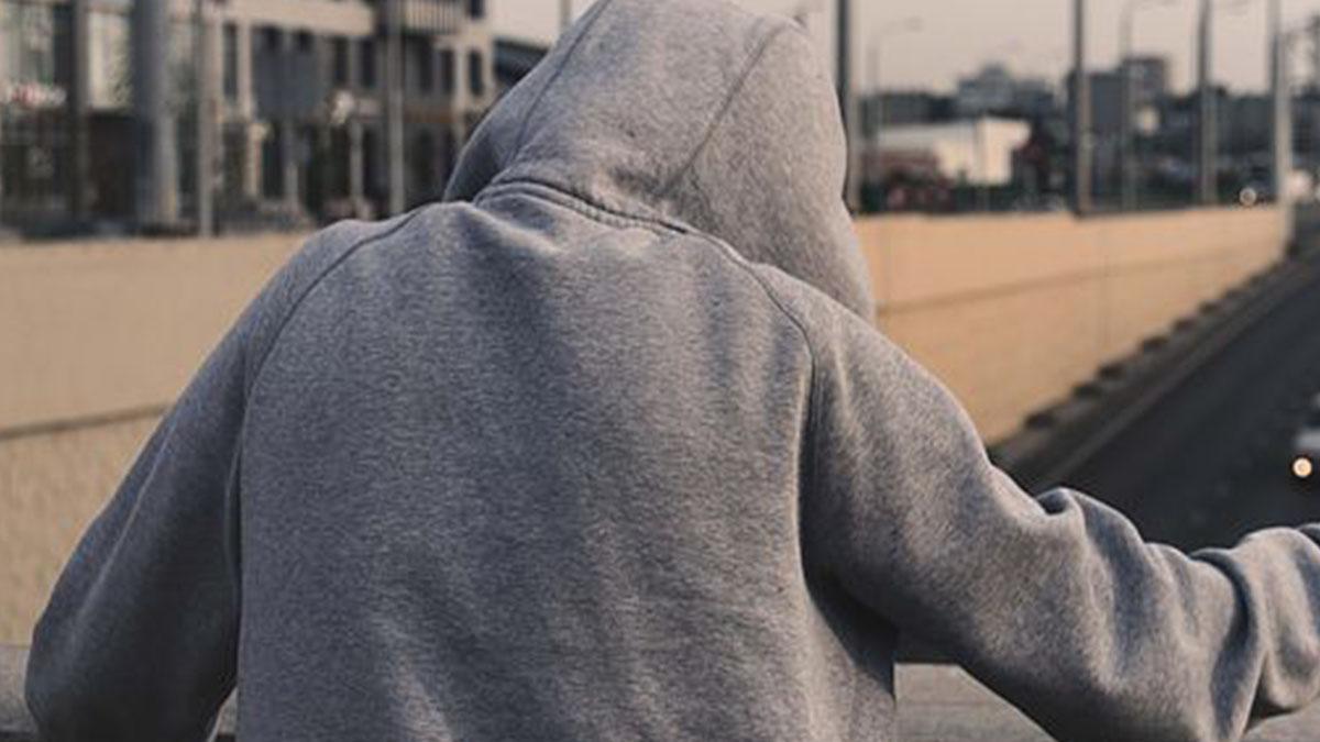 Milano, 14enne morto asfissiato: sarebbe vittima di un gioco autolesionistico sul web