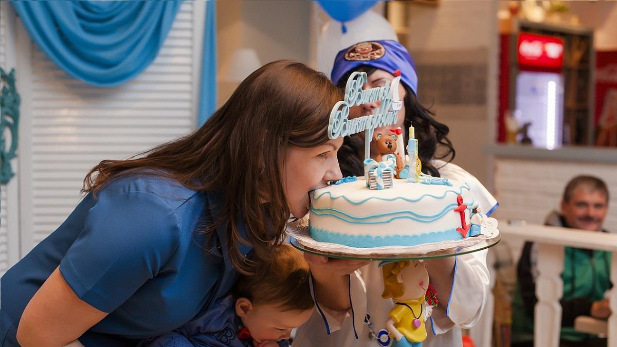 Modena, bimbo autistico organizza una festa di compleanno ma nessuno si presenta. Lo invita il Kids festival