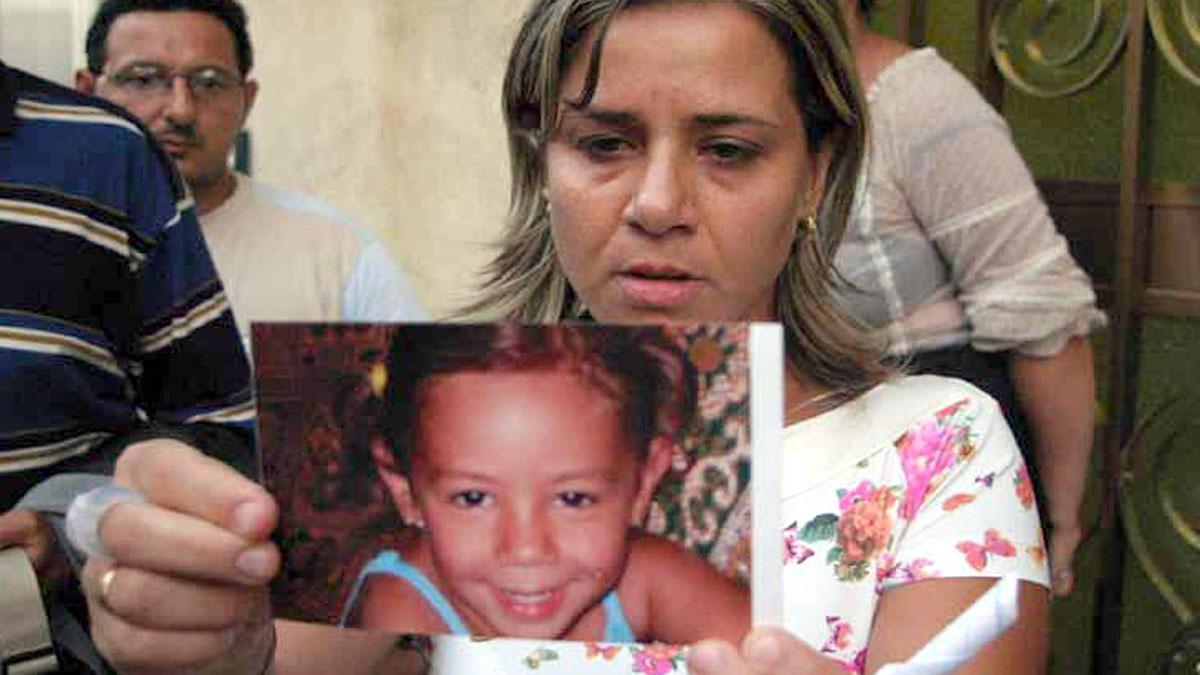 Denise Pipitone compie 18 anni, i genitori donano i suoi giochi alla scuola