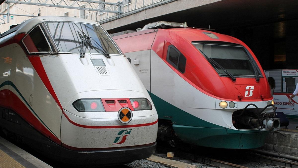 Bologna, genitori scendono dal treno dimenticando il figlio: recuperato a Rimini