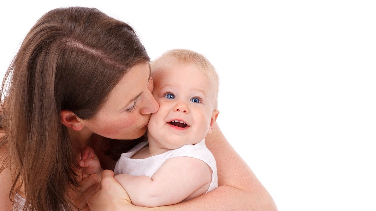 Neonata di 12 giorni muore per aver contratto il virus dell'Herpes Simplex. 'Non baciate i bambini non vostri'