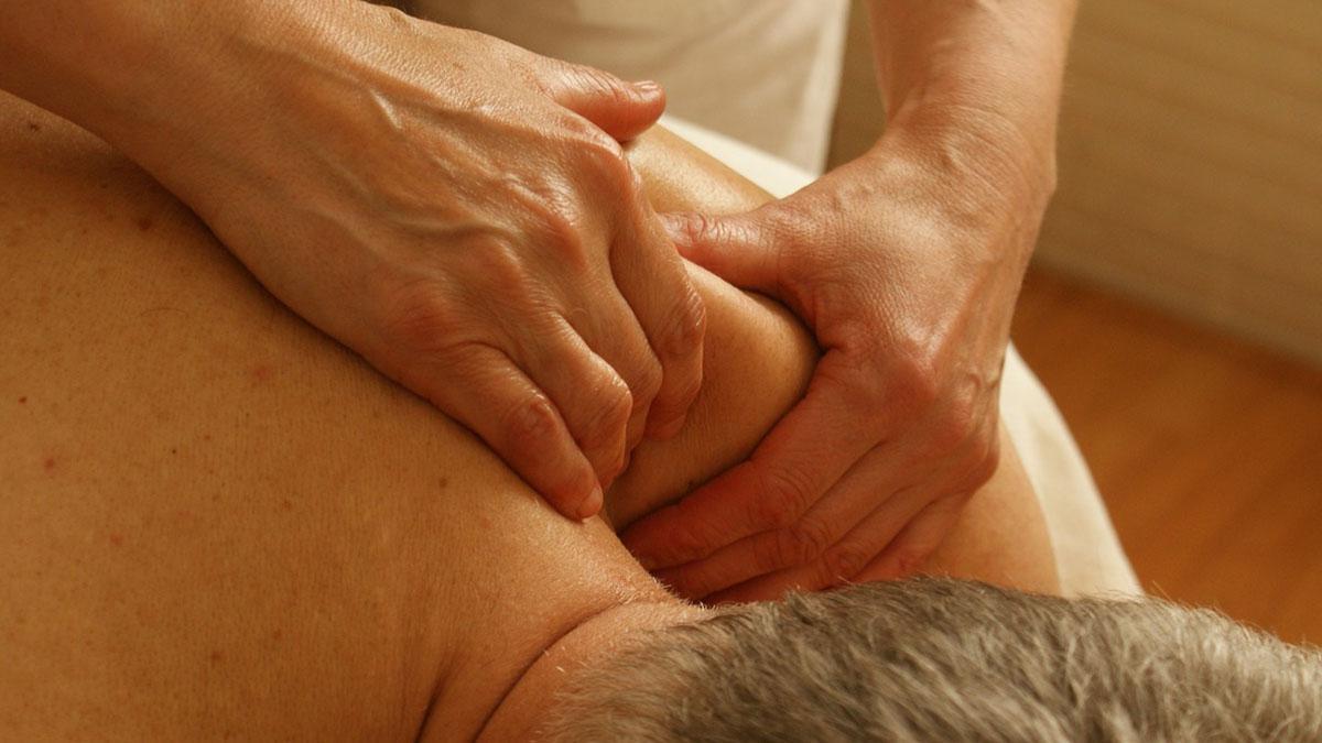 Thailandia: fa un massaggio per una contrattura, muore dopo 10 minuti