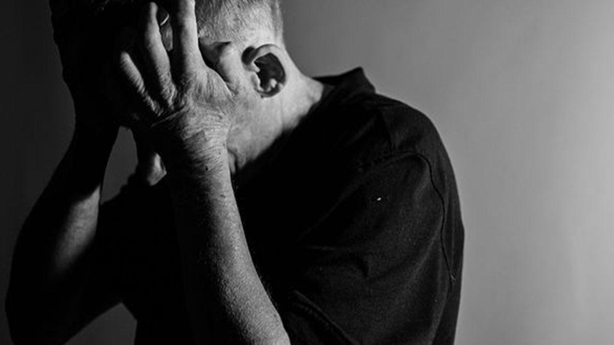Frosinone, l'ex convivente pretende la buonuscita e lei lo picchia: 56enne a processo