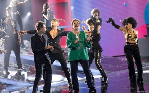 Xfactor Mara Maionchi sul palco