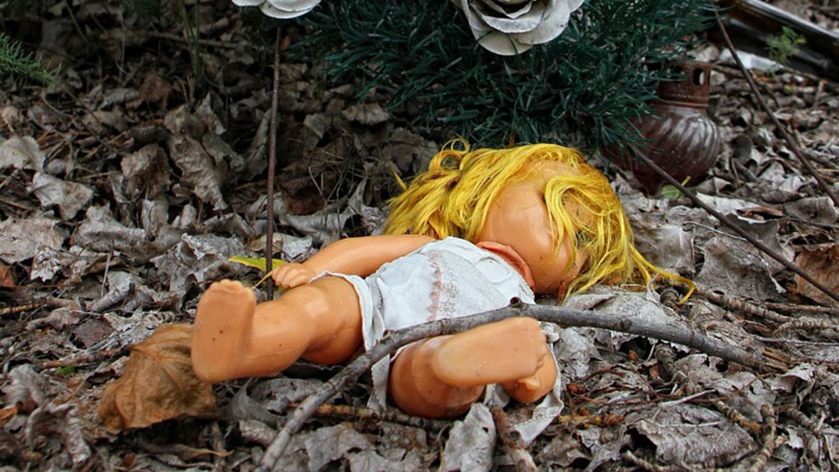 Scomparsa a 14 anni, scoperta shock: seppellita in giardino con il fratello