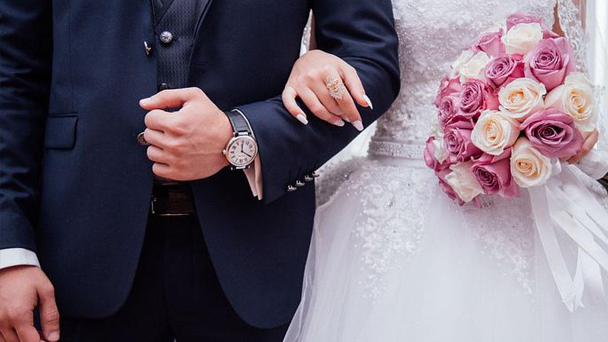 Scopre che il marito ha altre tre mogli e 13 figli: per anni nella rete di un truffatore seriale