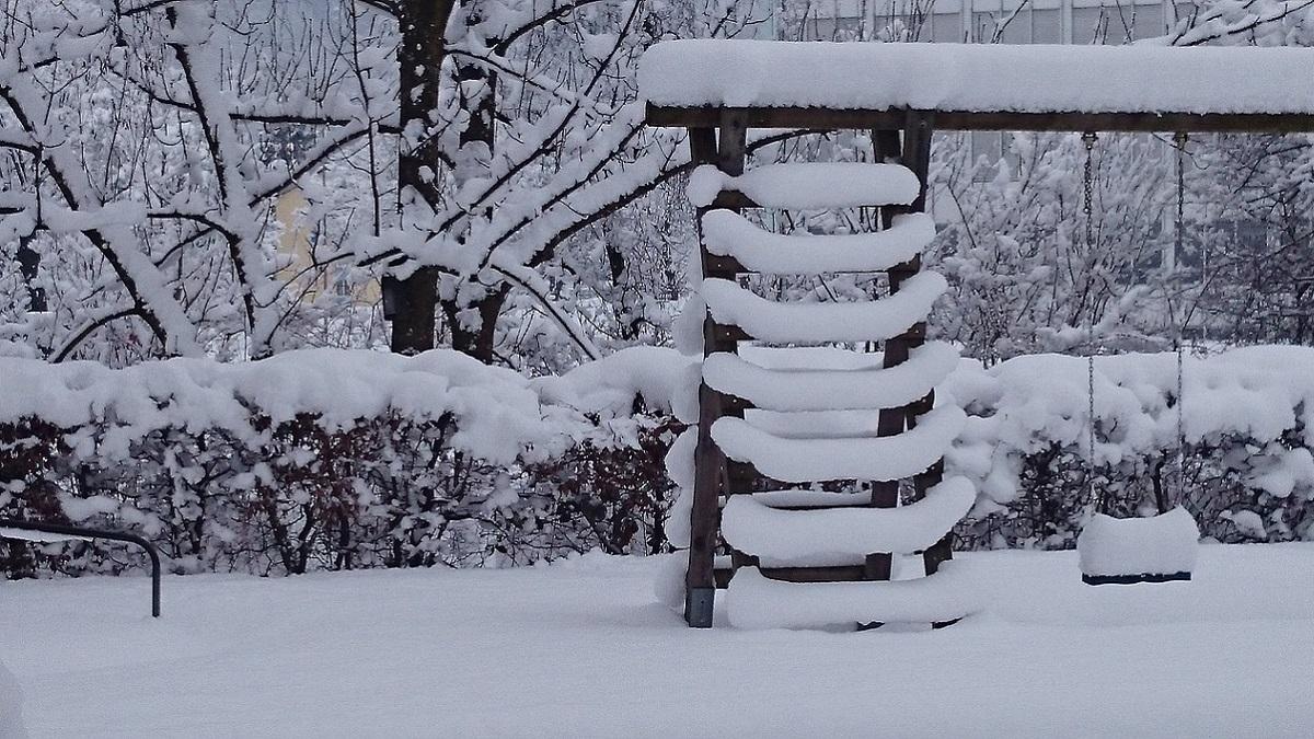 Bimbo di 7 anni muore sotto la neve: i genitori lo avevano sepolto perché non conosceva la Bibbia