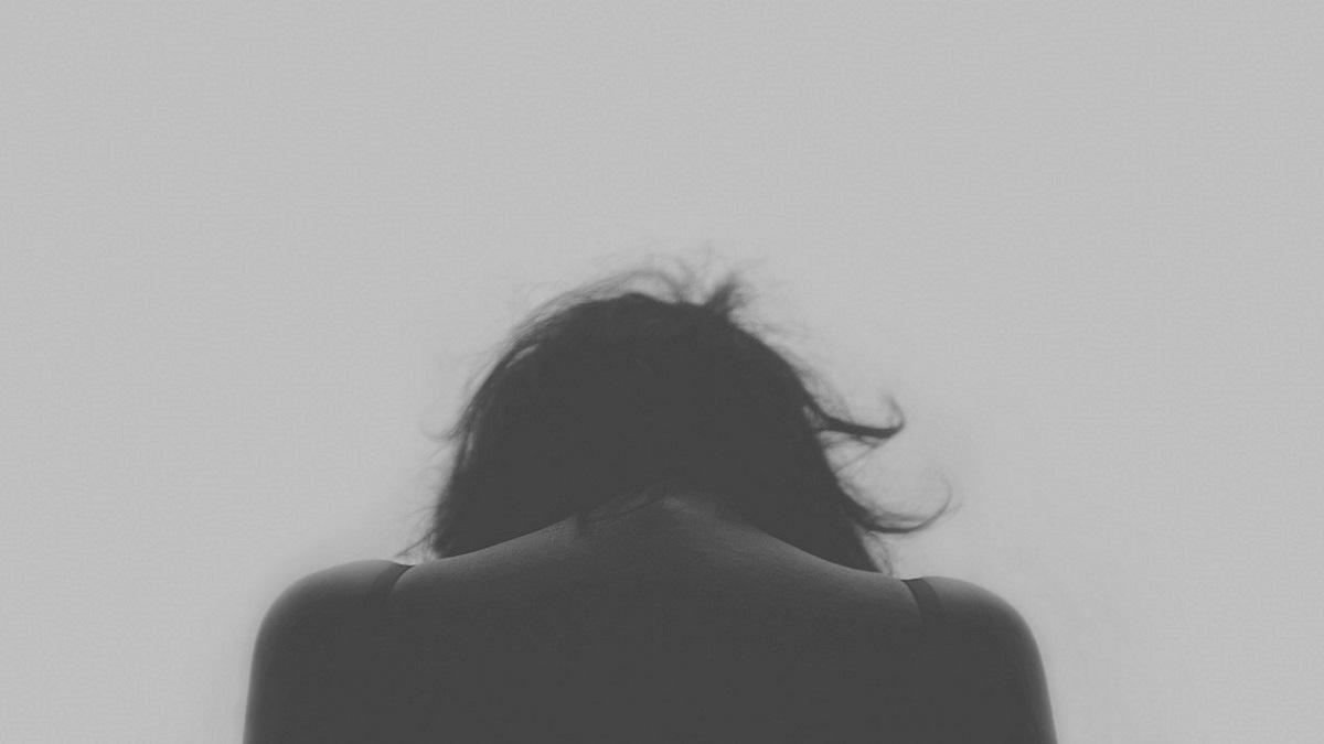 Singapore, 27enne non vuole lavorare e costringe la moglie a prostituirsi