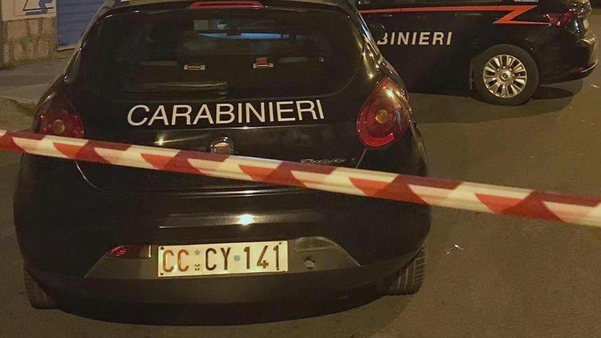 Napoli, 18enne morta dopo una caduta dal balcone: caso riaperto, 3 amiche indagate