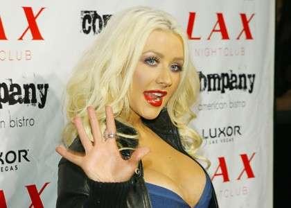 Christina Aguilera seno