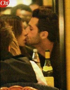 bacio belen e corona