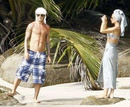 David e Victoria Beckham in vacanza per il decimo anniversario di nozze
