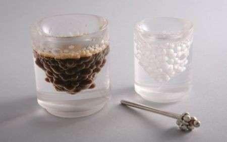 La tazzina da caffè con mille bollicine