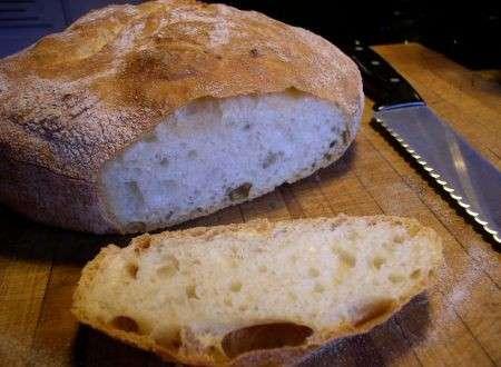 Antiossidanti, la crosta del pane previene i tumori