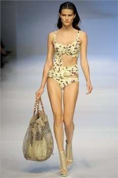 Estate 2009: trikini e borse abbinati