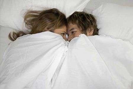 coccole sotto le coperte