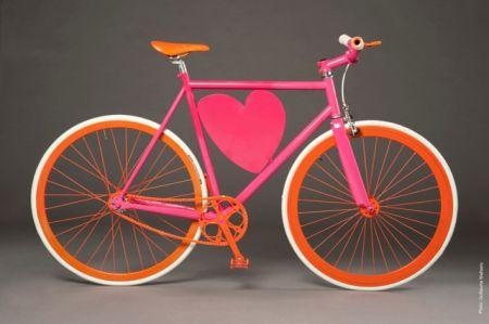 Agatha Ruiz de la Prada: la bicicletta con il cuore