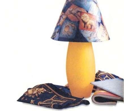 Decoriamo con fantasia una lampada in decoupage