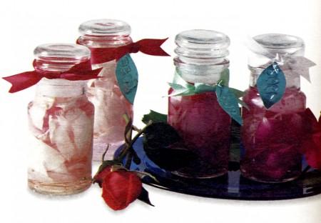Come fare l'acqua di rose in casa