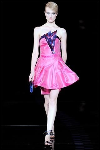 Moda Pour Femme oggi alla sfilata di Giorgio Armani