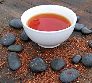 Il tè rosso previene l'invecchiamento e protegge dai mali di stagione