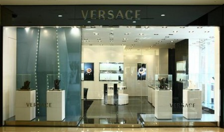 Versace boutique cina accessori
