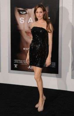 Angelina Jolie Scarpe Ferragamo