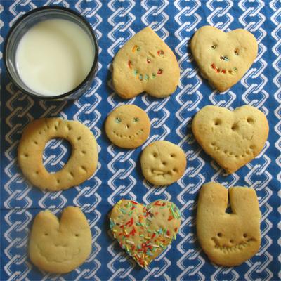 biscotti latte bambini