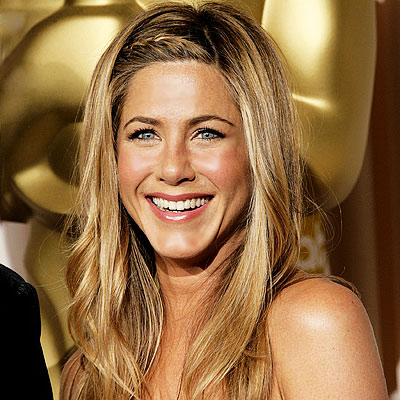 Jennifer Aniston dice sì alla chirurgia plastica