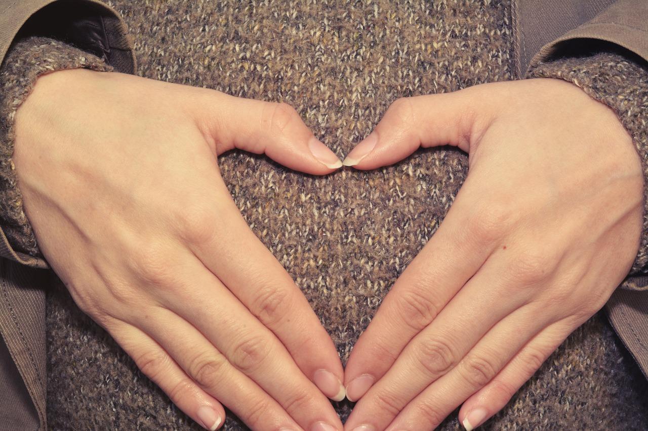 Primi sintomi di gravidanza: quando compaiono?