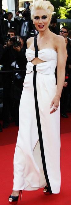 Gwen Stefani in Christian Louboutin lady peep