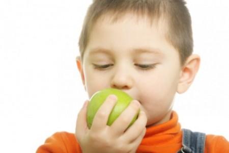obesità infantile alimentazione calorica