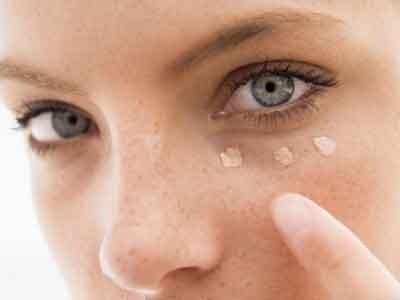Occhi gonfi: quando la colpa è dell'alimentazione