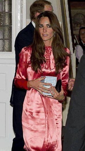 Kate Middleton romantica con un abito Stella McCartney