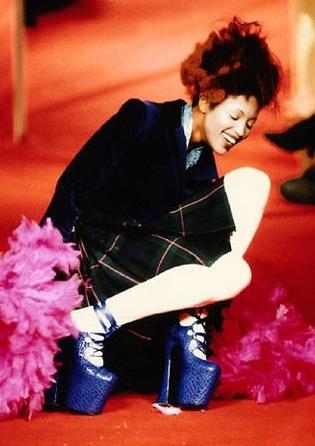 """La mostra """"Vivienne Westwood shoes: a world wide exhibition"""""""