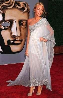 "Blake Lively in Marchesa e  Christian Louboutin per il ""BAFTA Brits To Watch"", incantevole!"