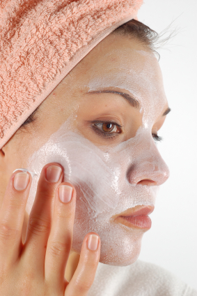 Maschera fai da te al miele e farina d'avena