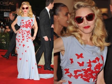 Madonna e le farfalline di Vionnet e gli occhiali frou frou Miu Miu